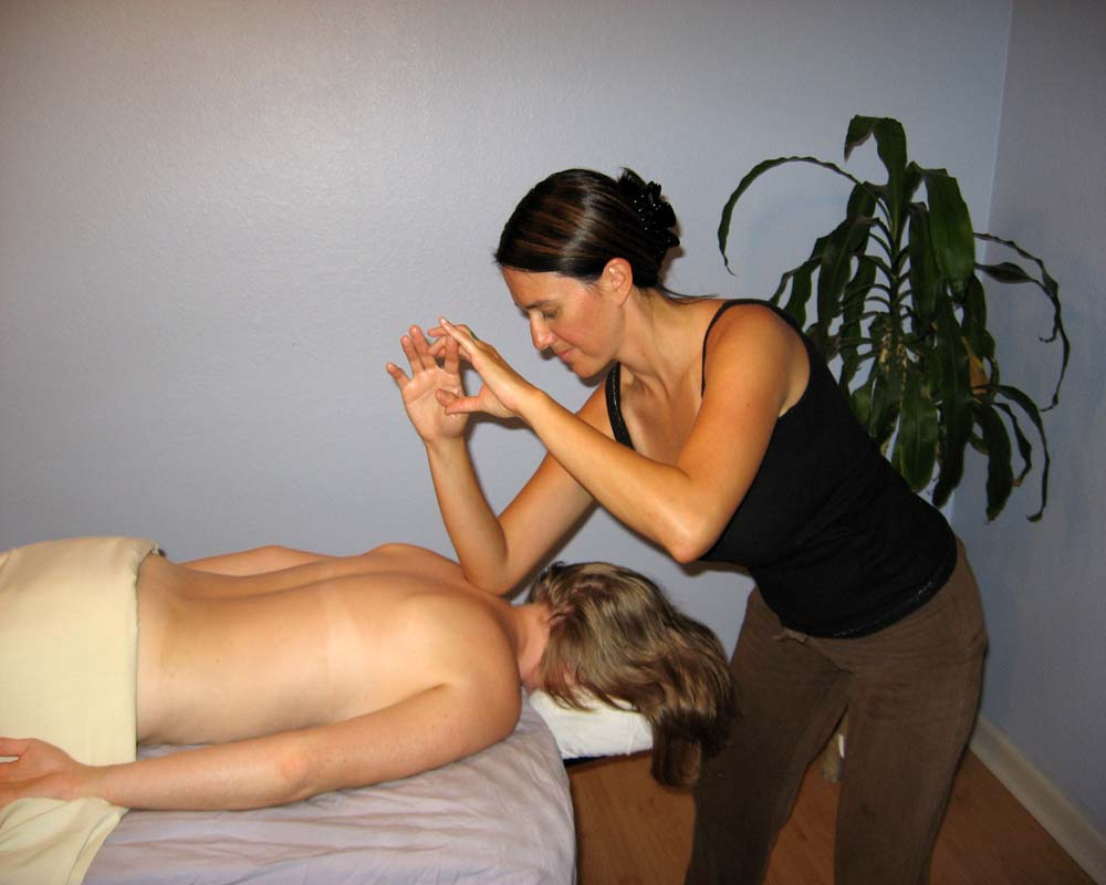 Hands Free Therapies: Lomi Lomi Inspired