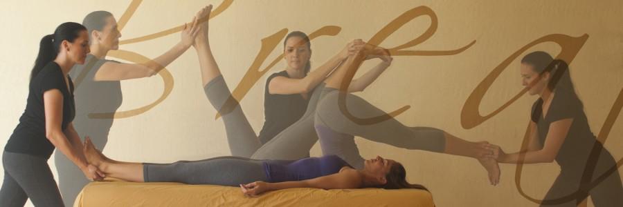 Table Thai Yoga Massage Online Course
